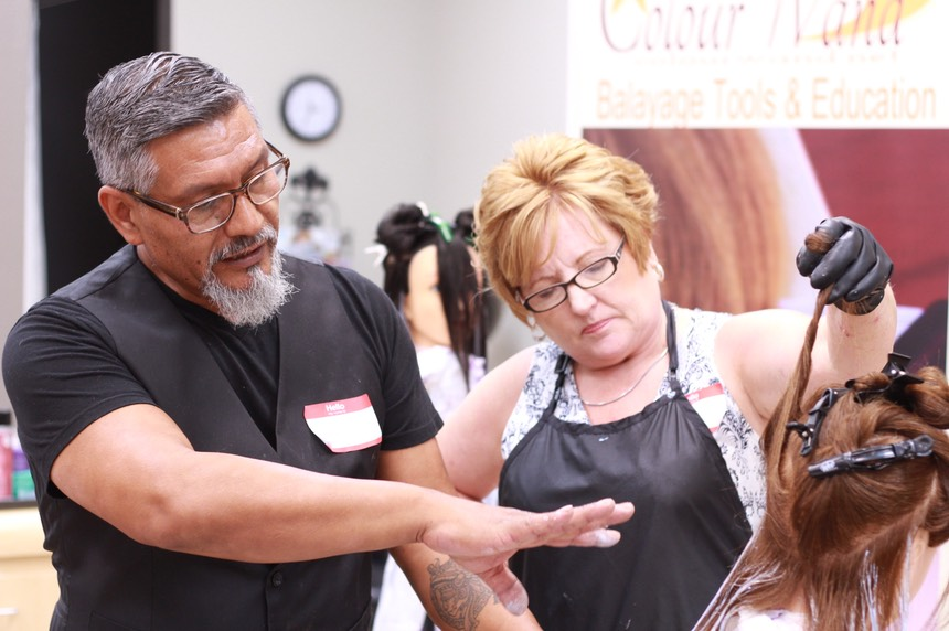 MARTIN RODRIGUEZ FOUNDER OF COLOURWAND BALYAGE TOOLS AND CLASSES